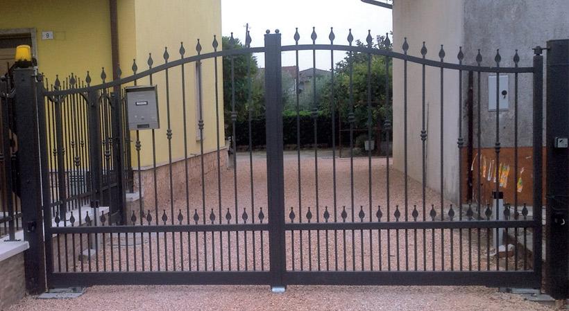 Cancello In Ferro Battuto 2 Scale Trento